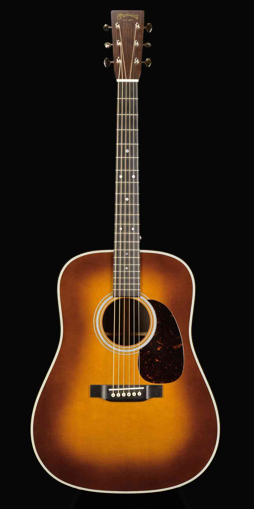 Front view of Martin D-28 2017 Ambertone