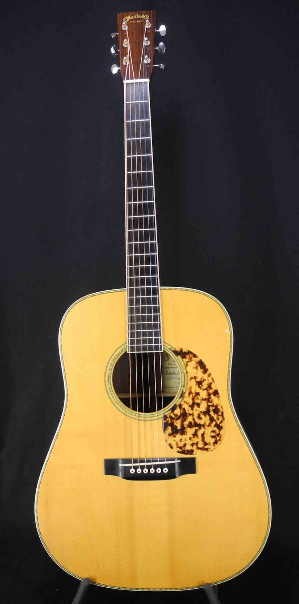 Martin D-28 CW 2002 Natural. Click to enlarge
