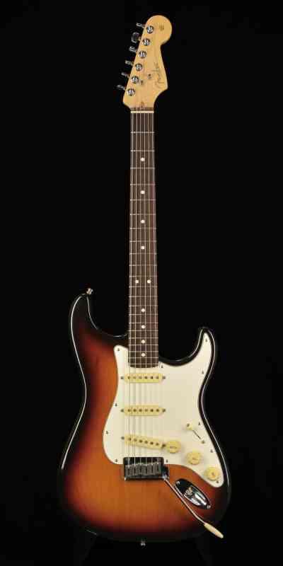 Photo of Fender Stratocaster 2002 Sunburst