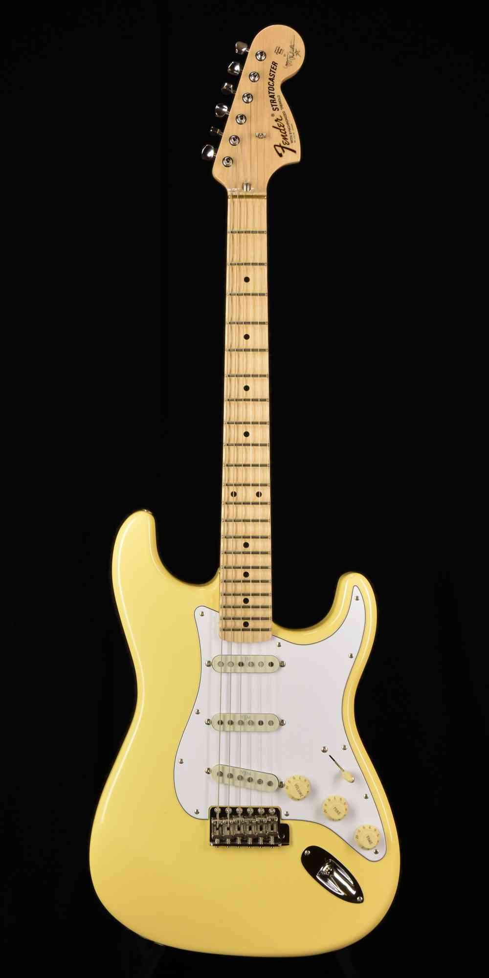 Fender Yngwie Malmsteen Stratocaster 2017 Vintage White. Click to enlarge