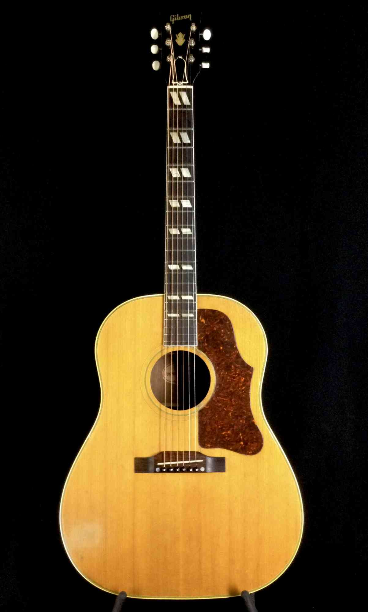 Gibson SJN Country & Western 1958 . Click to enlarge