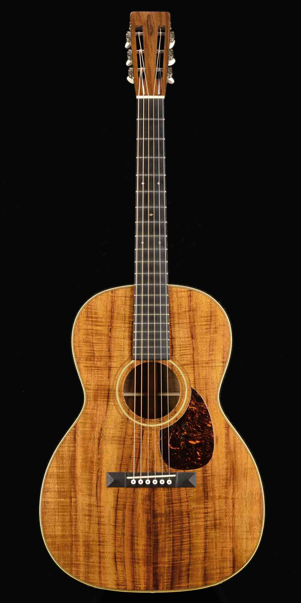 Front view of Martin 000-28K Authentic 1921 2014 Natural Koa