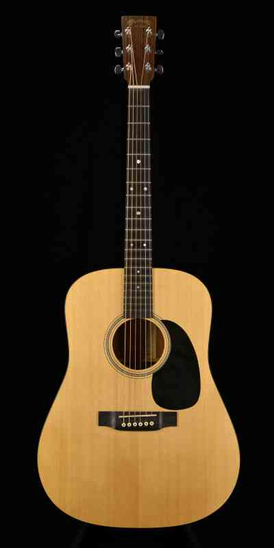Photo of Martin D-16GT 2002 Natural