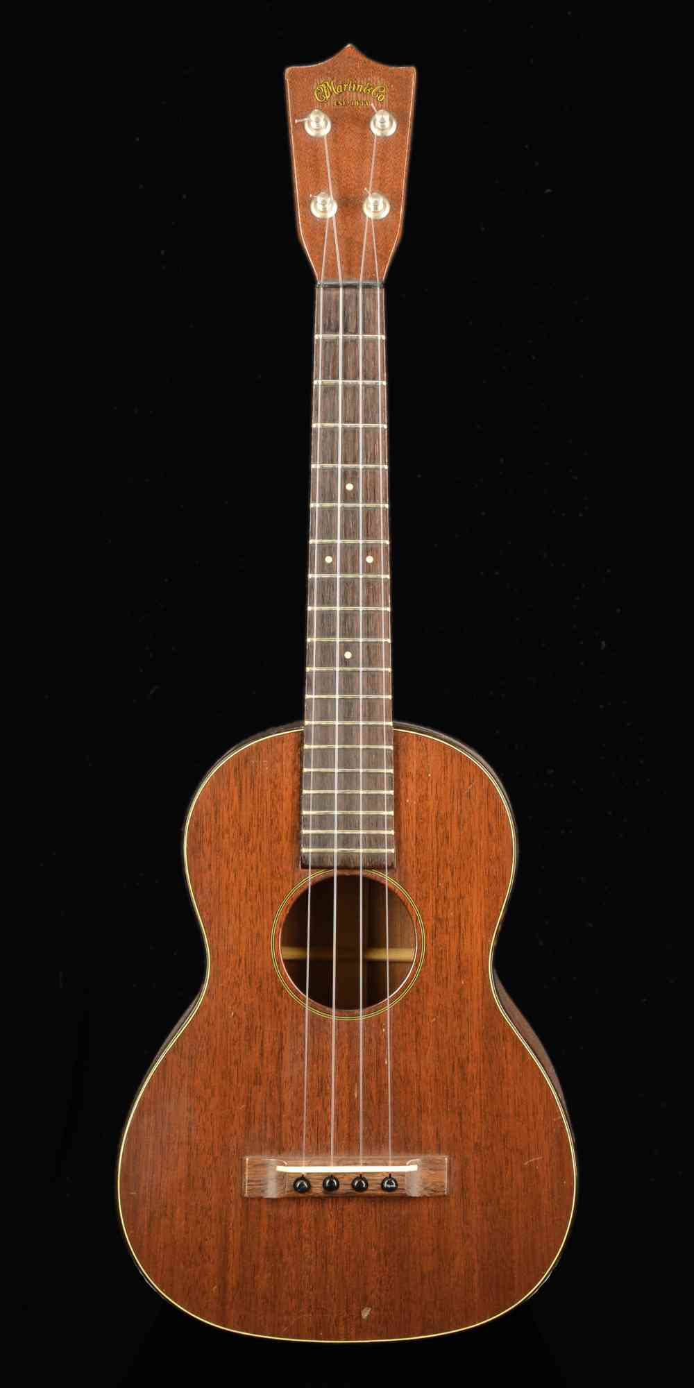 Front view of Martin Tenor '60's