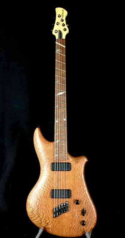 Photo of Novax Baritone 1995 Lacewood