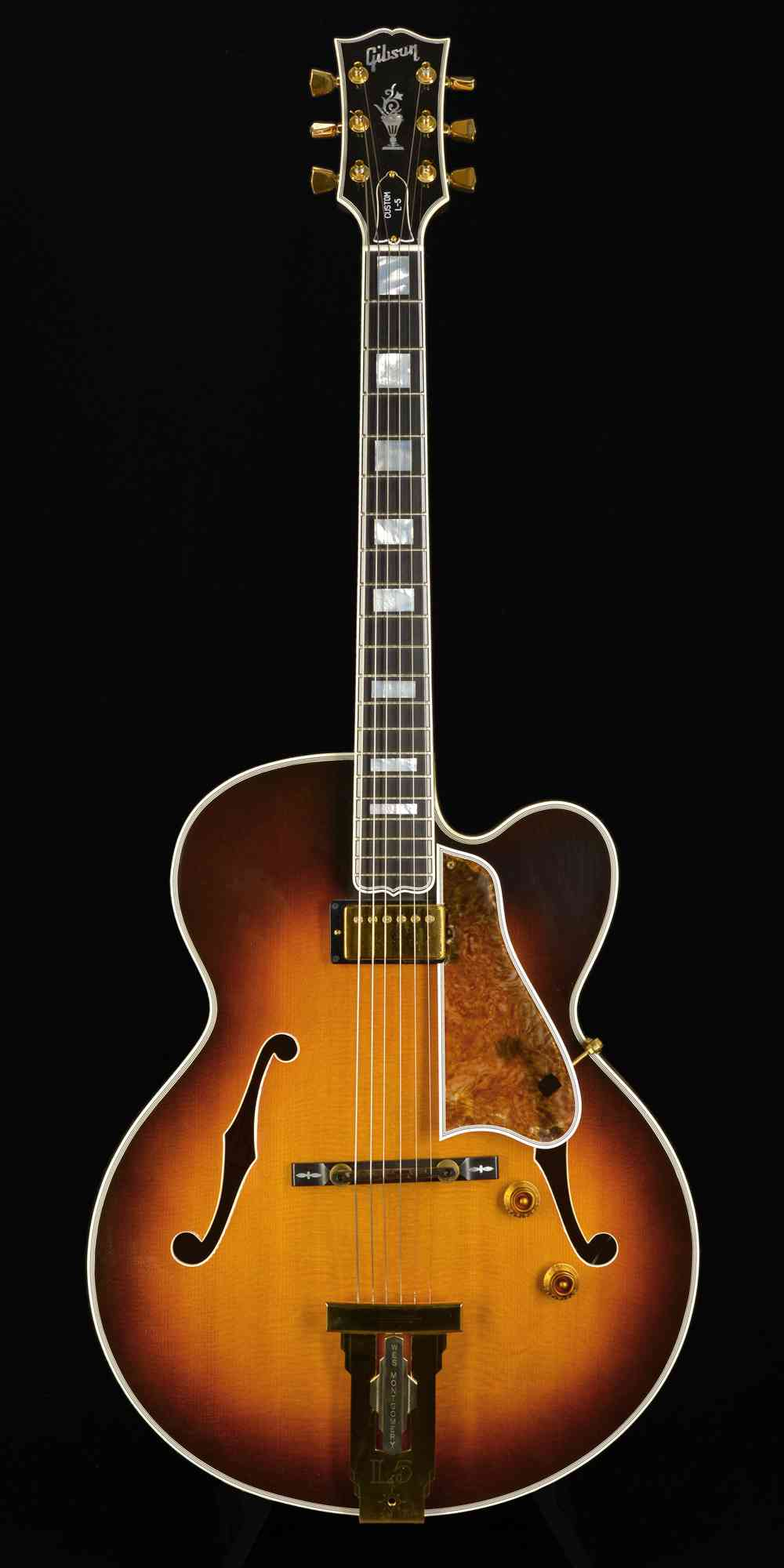 Gibson L5 Wes Montgomery 1997 Vintage Burst. Click to enlarge