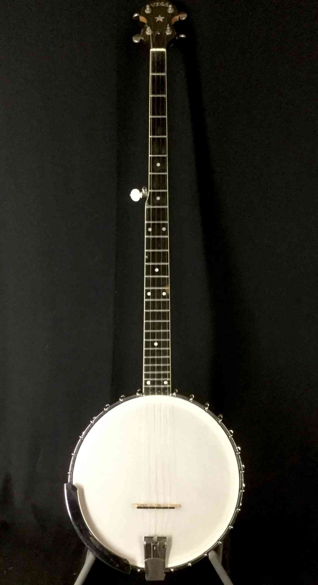 Vega Pete Seeger Long Neck Banjo 1960 . Click to enlarge