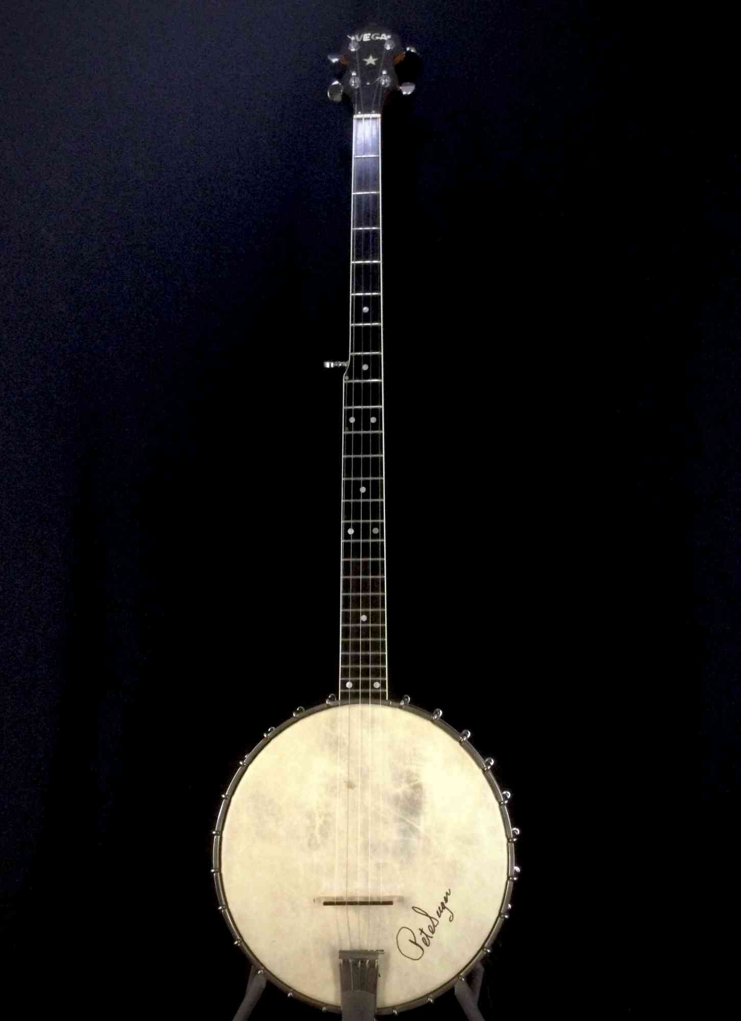 Front view of Vega Pete Seeger Long Neck 5 String Late '60's