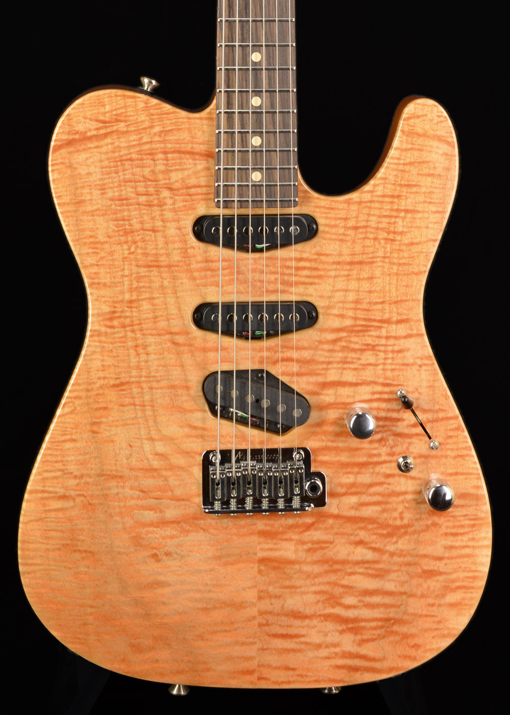 Front view of Tom Anderson Top T 2017 Natural Coral