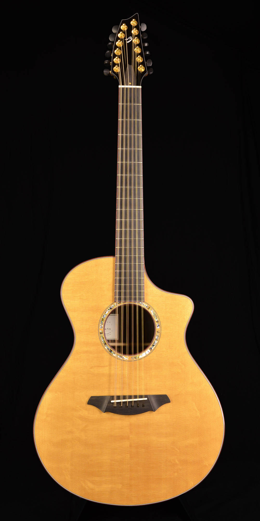 Breedlove C25/E Master Class 2004 Natural. Click to enlarge